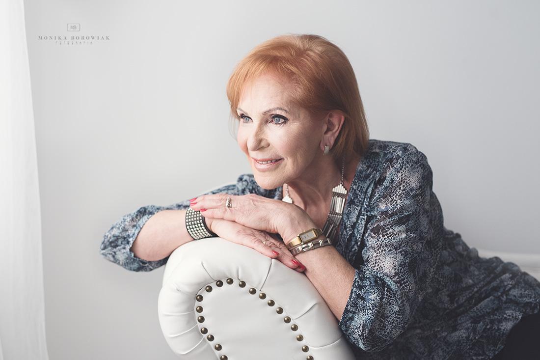 sesja-starszej-kobiety-poznan-monika-borowiak-fotografia-3